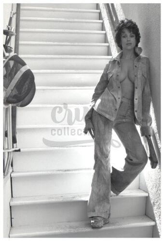 Phyllis Davis Publicity Photo [210906-0143]