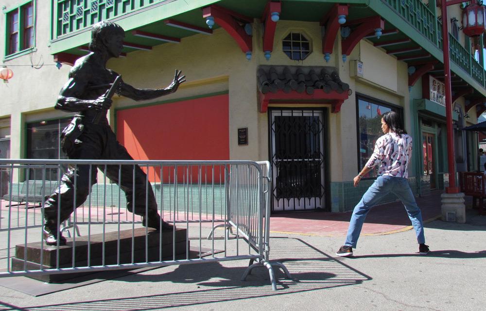 bruce-lee-statue-los-angeles-chinatown-aaron-kai-images