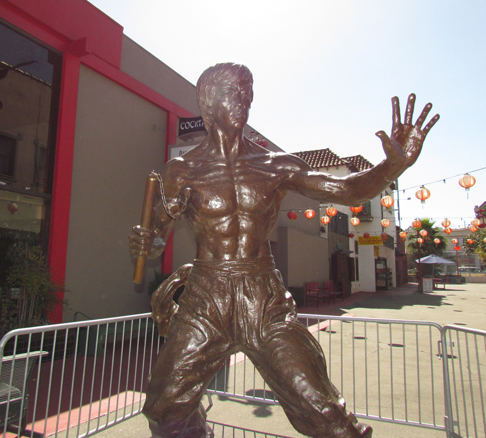 bruce-lee-statue-los-angeles-chinatown-images-d